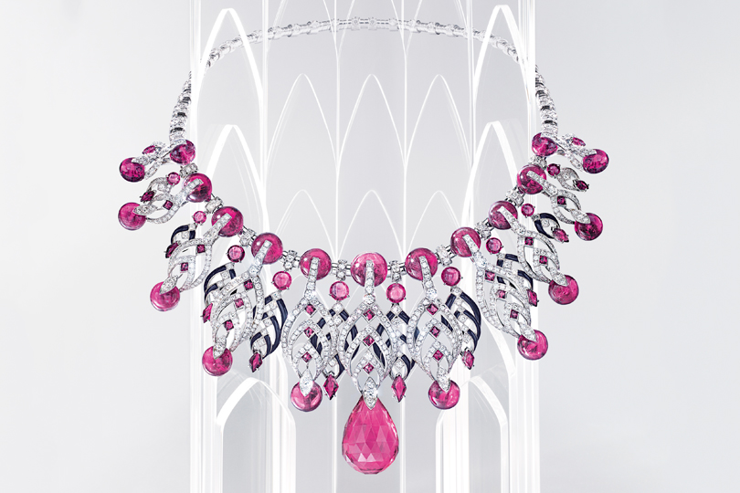 Résonances de Cartier: a collection of high jewellery, which started up in the dance with architecture