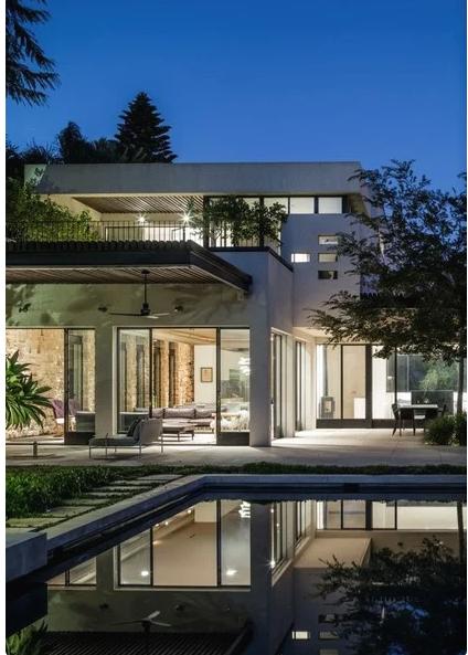 Проект дома разработал израильский архитектор Орли Шрем.