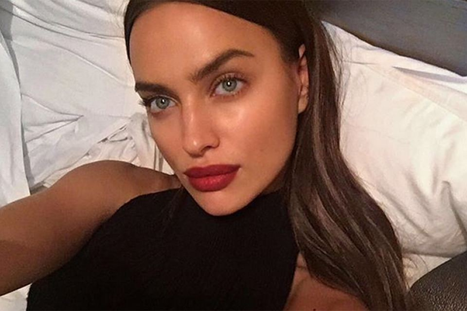 Already married? Irina Shayk showed off ring