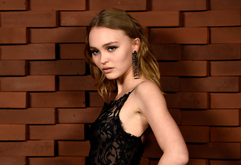 Lily-Rose Depp makeup at Métiers D'art Chanel