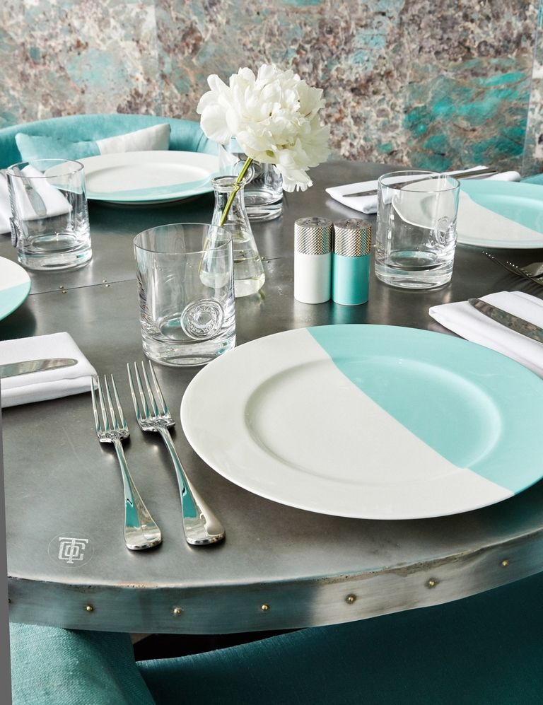tiffanys blue box cafe new york tableware