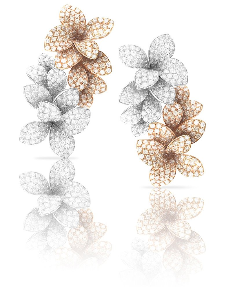 Earrings from the collection of Stelle in Fiore by Pasquale Bruni
