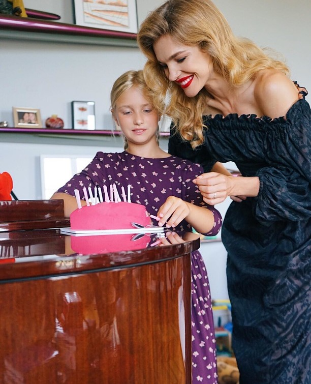 Natalia Vodianova showed off a photo with a grown-up 11-year-old daughter