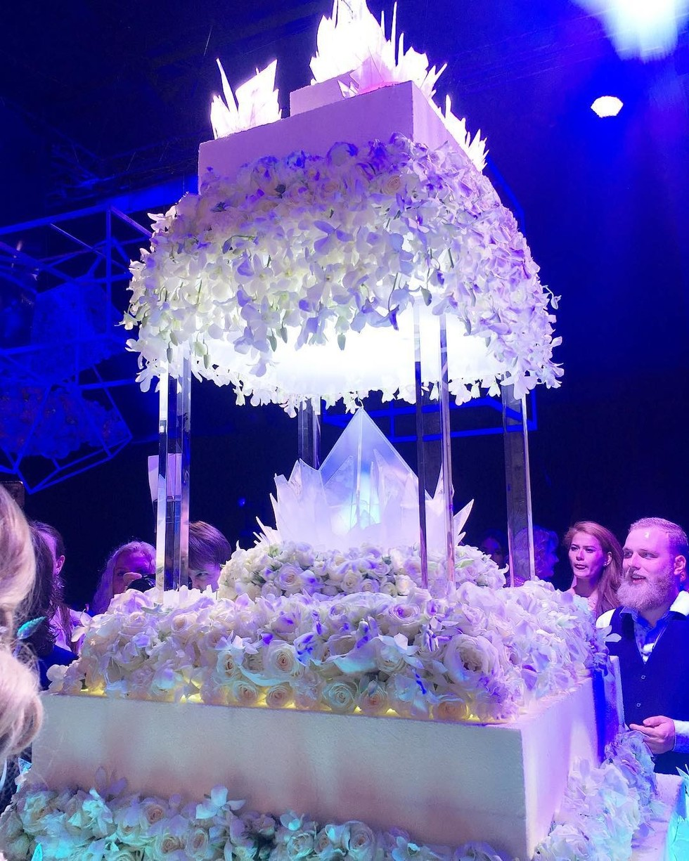 A luxurious wedding of grandson Alla Pugacheva turned into a scandal 17.08.2017 95