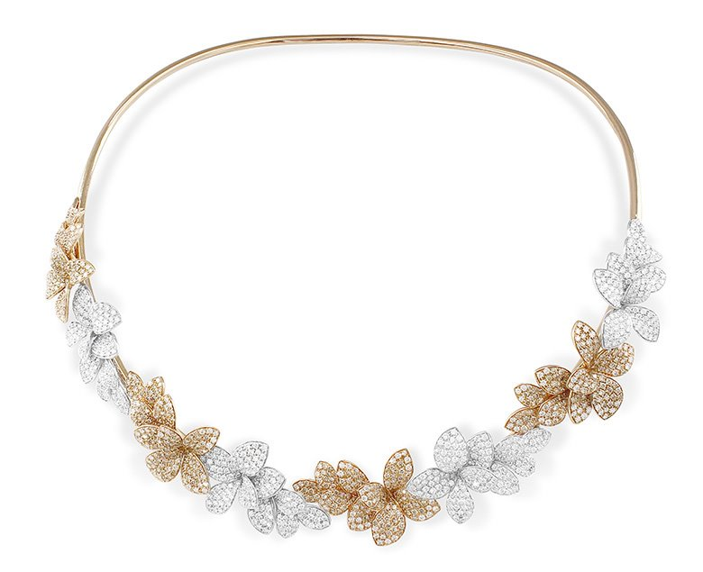 Necklace from the collection of Stelle in Fiore by Pasquale Bruni