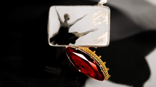 Brooch with garnets, topazes, silver, gilding, glass, photograph by Yuri Molodkovets