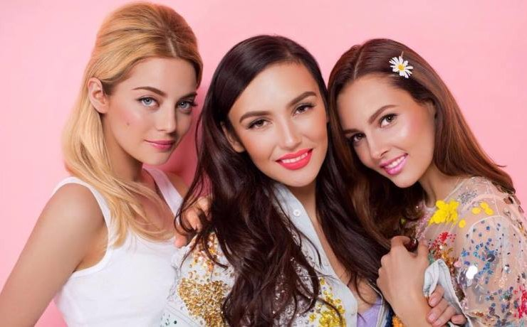 The soloist of the SEREBRO band celebrated the new album with candid shots