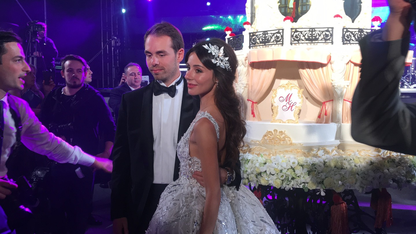 Maxim Galkin touched everyone with the first waltz of Lisa's daughter 02.02.2018 31