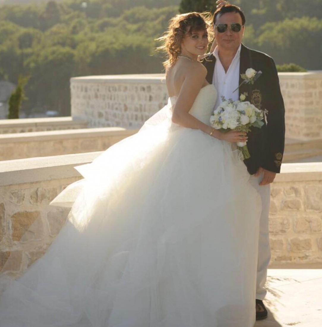 Совратила подругу перед свадьбой 1 фотография