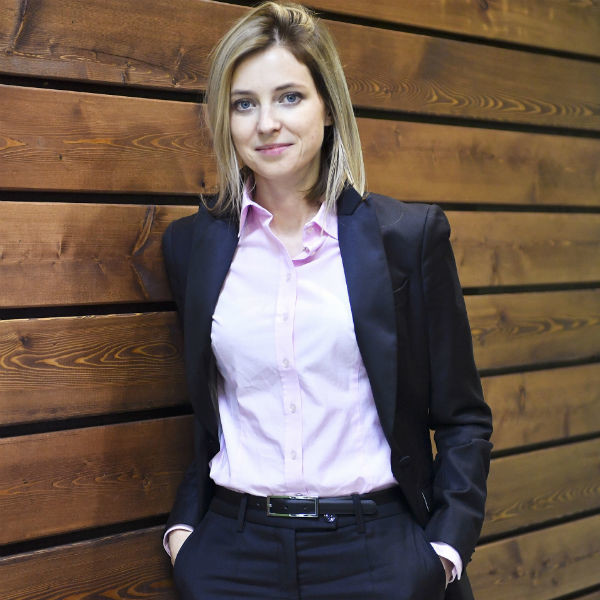 Poklonskaya became popular due to the tough nature and pretty appearance