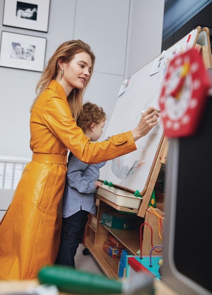 Natalia Vodianova showed her family and luxury apartments in Paris