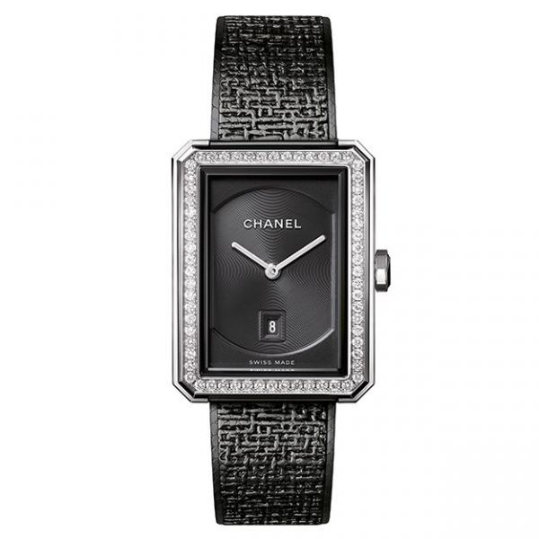 chanel-boyfriend-tweed-black-watch-medium