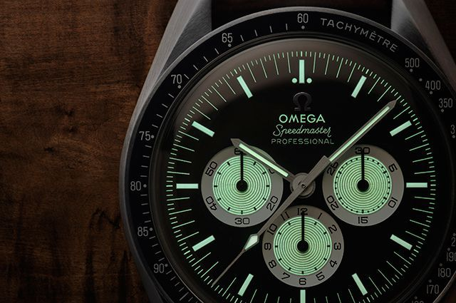 Omega-SpeedyTuesday-INTEXT