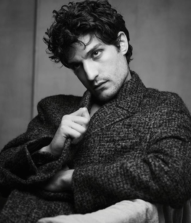 5 fashion facts about Louis Garrel To fall in love with him even stronger