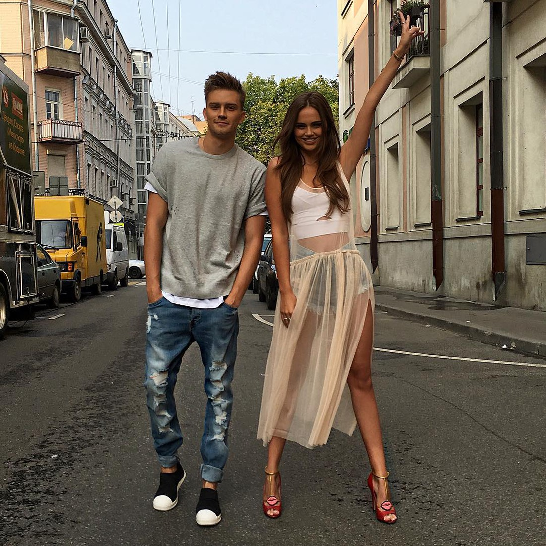 "Xenia Deli came to Moscow to play in the video ""Hot"" for the young singer Roma Stein"