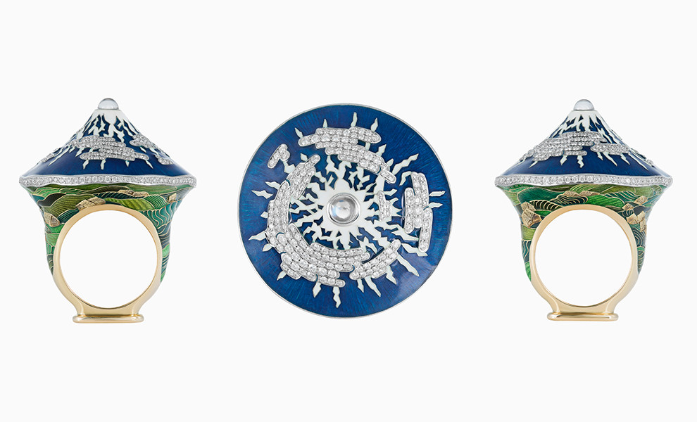 "Ring ""Fujiyama"" of gold and enamel and diamonds feldsparom"