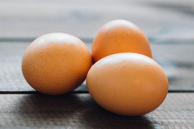 Hard boiled eggs. This quick, clean protein snack hits the afternoon slump out of the ballpark. One of the healthiest and most nutritious foods in the pyramid, eggs