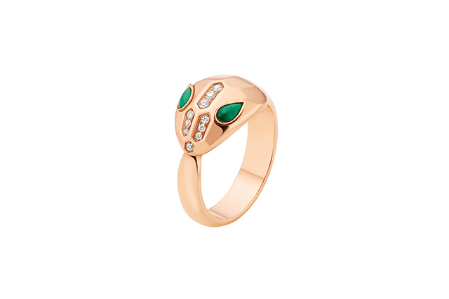 Serpenti pink gold ring with malachite eyes and pavé-set head
